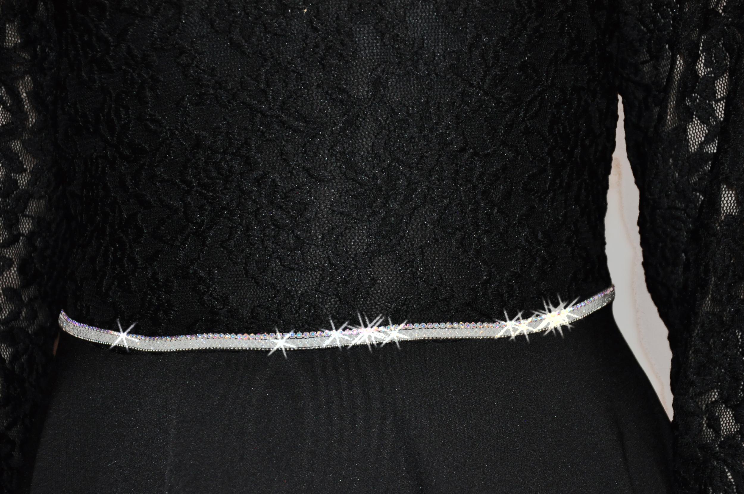 sukienka z koronki do bierzmowania