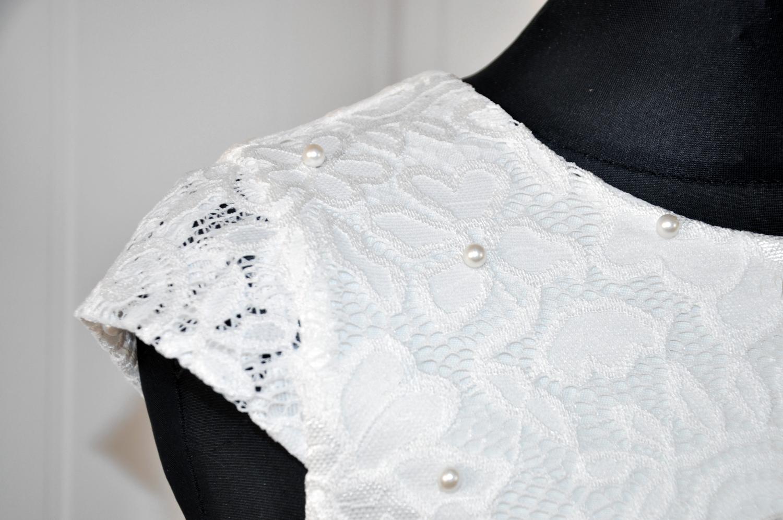 koronkowa sukienka dla dziewczynki na wesele i dla druhny